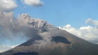 Volcano_erupting